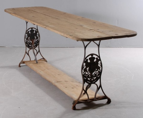 Machine a coudre table