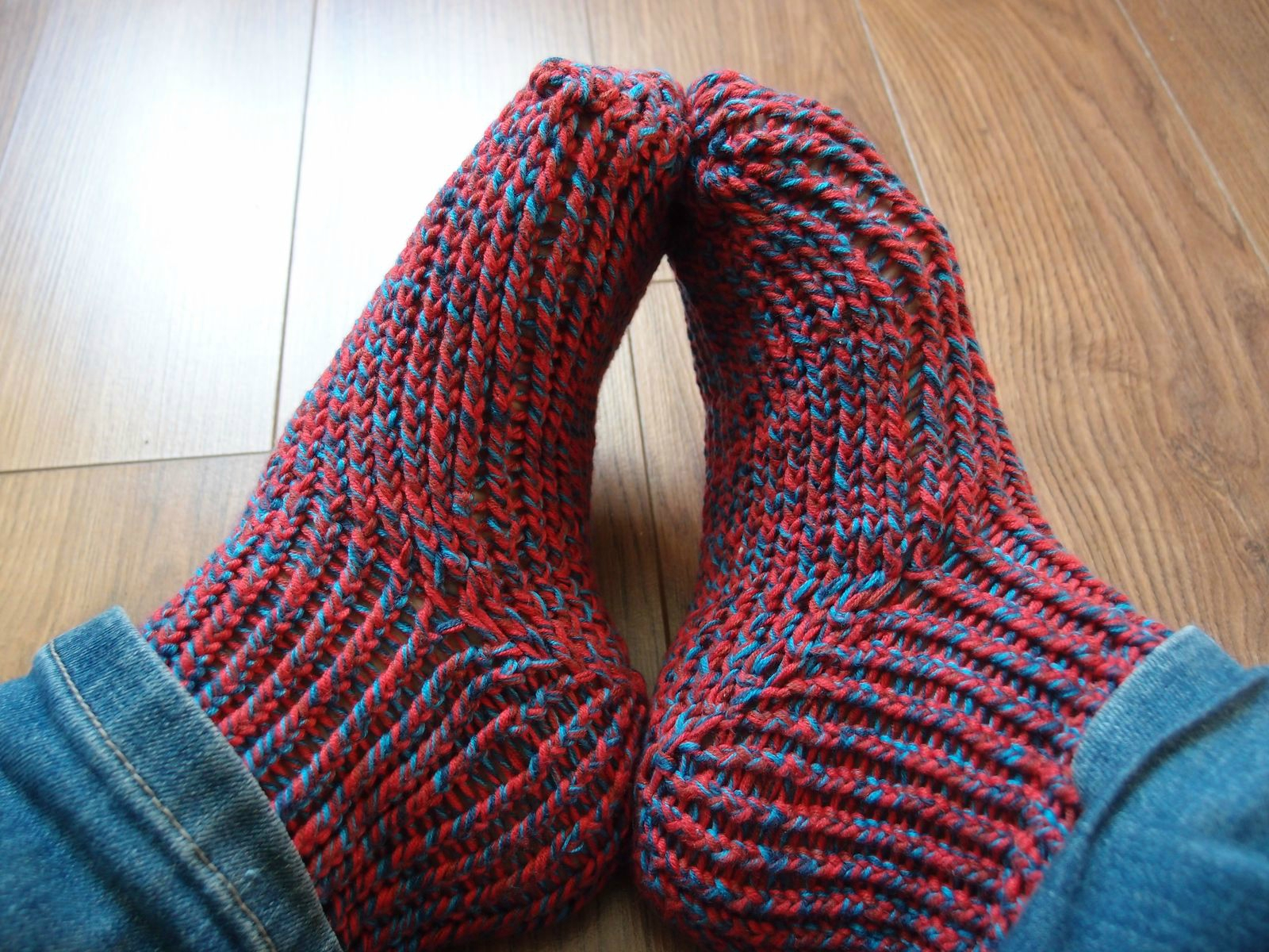 Tricoter chaussettes tricotin