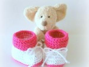 Tricoter chaussons bebe bicolores