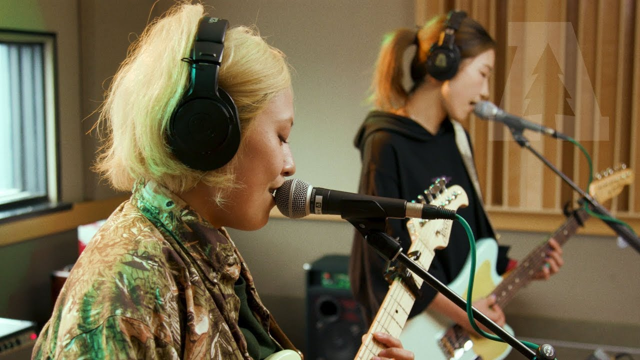 Tricot band download