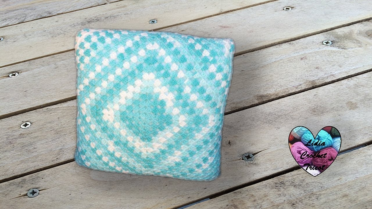 Tricot crochet coussin