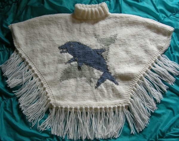 Poncho tricot taille 12 ans