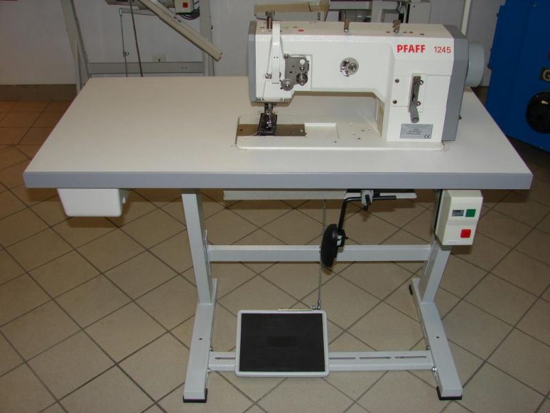 Machine a coudre pfaff 1245