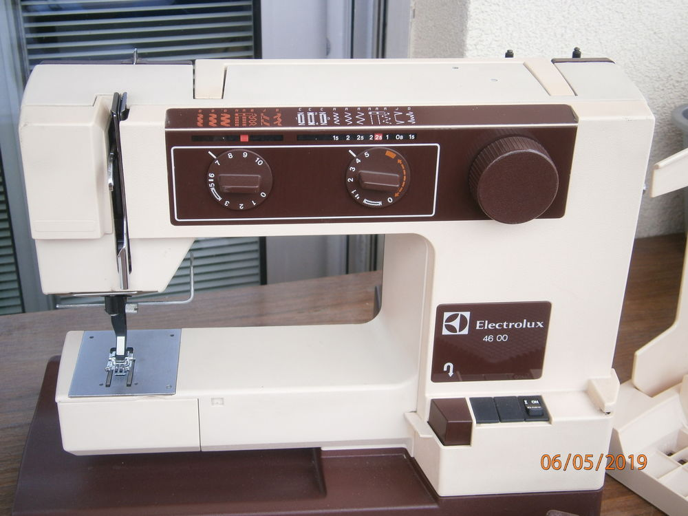 Notice machine a coudre electrolux 4600