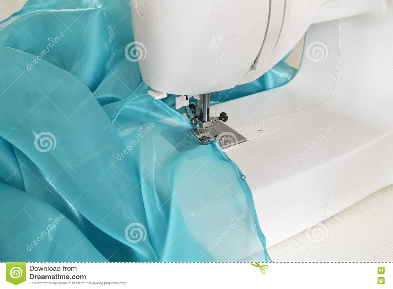 Machine a coudre tulle